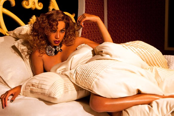 beyonce-house-of-dereon-fall-2010-ads-8