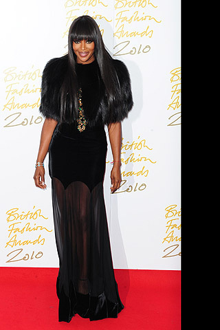 british_fashion_awards_2010_230546996_320x480