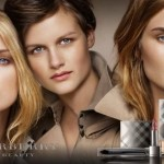 "Productos de belleza ""Burberry Beauty"" con Rosie Huntington-Whiteley"