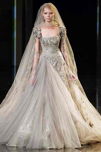 elie-saab-paris-haute-couture-fall-winter-2010-11-9